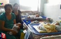 Trẻ nhập viện vì bệnh hô hấp: 1 giường bệnh, 10 bệnh nhi