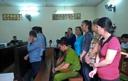 Tuyên 2 án tử hình trong vụ buôn bán 213 bánh heroin xuyên Việt