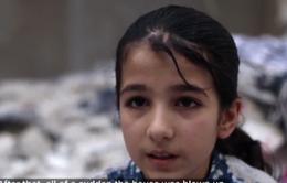 Em bé sống sót sau vụ đánh bom tại Syria không muốn về nhà