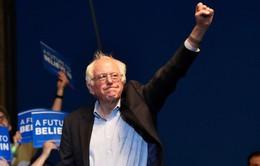 Thắng tại West Virginia, Bernie Sanders tiếp tục bám đuổi Hillary Clinton