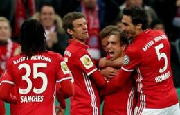 VIDEO, Bayern Munich 3-1 Augsburg: Cân bằng kỷ lục