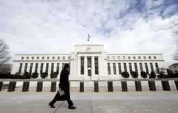 Vì sao Fed giữ nguyên lãi suất cơ bản 0,25%?