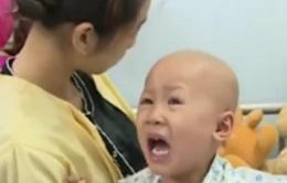 Xót thương bé 3 tuổi phải chống chọi với ung thư giai đoạn cuối
