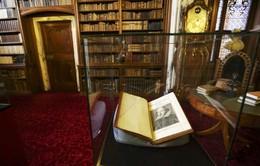 Tìm thấy tuyển tập First Folio của Shakespeare ở Scotland