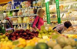 Italy khuyến khích siêu thị ủng hộ thực phẩm cho người nghèo