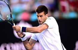 Australian Open 2016: Djokovic chật vật vào tứ kết dù mắc 100 lỗi