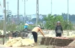 Nguy cơ tái nghèo khi lò gạch thủ công bị xóa sổ