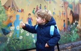 Đứa trẻ hoàng gia Anh đã có một ngày bình thường tại trường mẫu giáo