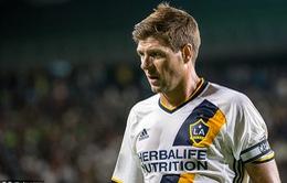 CHÍNH THỨC: Steven Gerrard treo giày ở tuổi 36