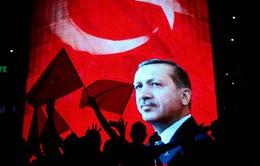 Thổ Nhĩ Kỳ bác bỏ những chỉ trích về chiến dịch trấn áp sau đảo chính