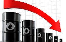 Giá dầu thô thế giới phá đáy 30 USD/thùng sau hơn 12 năm