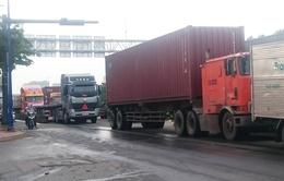 100% xe container vào cảng Cái Lái phải làm thủ tục trực tuyến