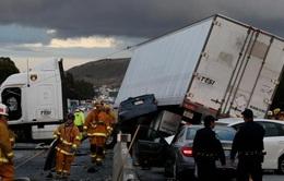 Mỹ: Giá xăng giảm, tai nạn giao thông tăng