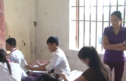 Học chay do thiếu giáo viên tại Nghệ An