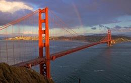 Mỹ lập đường dây nóng giảm tự tử ở cầu Cổng Vàng