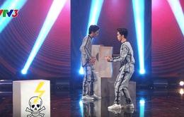 """Vietnam's Got Talent: Bộ đôi """"kẹo kéo"""" lại gây cuồng với màn hóa robot"""