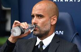 Pep Guardiola buột miệng chửi thề vì bị hỏi xoáy