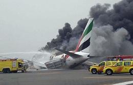Sân bay Dubai hoạt động trở lại sau vụ máy bay hạ cánh khẩn cấp