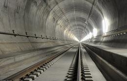 Hầm đường sắt dài nhất thế giới chính thức mở cửa