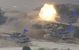 Hàn Quốc tăng ngân sách quốc phòng đối phó Triều Tiên