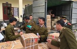 Thu giữ hàng nghìn mặt hàng lậu vận chuyển về SVĐ Mỹ Đình
