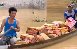 Những chuyến hàng cứu trợ đầu tiên đến với người dân Quảng Bình