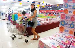 """Hàng Việt làm gì trước """"cơn lốc thôn tính"""" của khối ngoại?"""