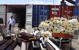 TP.HCM: Thu giữ gần 1.000 kiện hàng nhập lậu