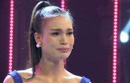 Thí sinh Hoa hậu Việt Nam 2016 rơi nước mắt vì tuổi thơ cơ cực