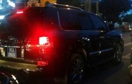 Tổng Bí thư yêu cầu kiểm tra vụ Phó Chủ tịch Hậu Giang đi xe Lexus