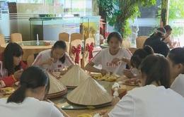 Các VĐV hài lòng với công tác hậu cần của BTC VTV Cup 2016 - Tôn Hoa Sen