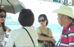 """Khó xử lý hướng dẫn viên du lịch Trung Quốc """"chui"""""""