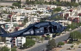 Mexico: Tội phạm bắn rơi trực thăng cảnh sát, 5 người thương vong