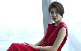Ha Ji Won chìm trong sắc đỏ quyến rũ