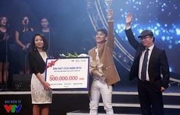 Hoài Lâm giành giải Bài hát yêu thích của năm 2015