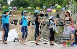 Hoa hậu Bảo Ngọc ngợi khen kỹ năng trình diễn của thí sinh Hoa hậu Biển
