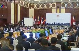 Bộ trưởng Kinh tế ASEAN họp với các đối tác
