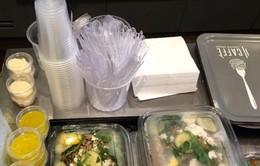 Pháp cấm sử dụng đồ nhựa đựng thức ăn