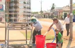 Đối phó với khô hạn, Bình Thuận hỗ trợ bồn chứa nước công cộng