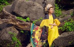 Choáng với hình ảnh ma mị của Hoàng Thùy Linh trong MV mới