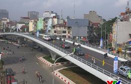Cận cảnh cây cầu vượt dầm thép 166 tỷ đồng vừa thông xe ở Hà Nội