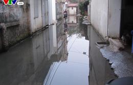Hà Nội: Gần 100 hộ dân sống trong cảnh nước cống hôi thối ngập quanh năm