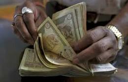 Được và mất khi Ấn Độ khai tử đồng 500 và 1.000 Rupee?