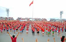 Khánh Hòa: Xác lập kỷ lục nhảy dân vũ và Yoga cười