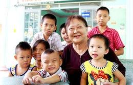Cảm phục người phụ nữ nuôi dưỡng hàng trăm đứa trẻ khuyết tật
