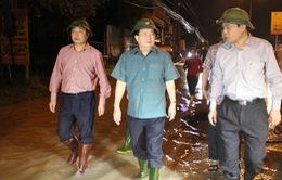Phó Thủ tướng Trịnh Đình Dũng chỉ đạo khắc phục mưa lũ tại Quảng Bình