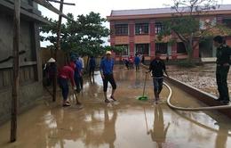 Học sinh Quảng Bình học chậm 3 tuần vì mưa lũ