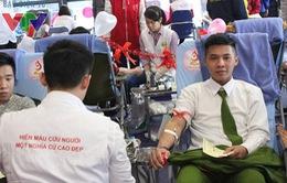Festival Trái tim nhân ái thu nhận hơn 400 đơn vị máu