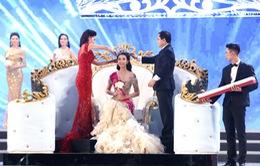Hoa hậu Việt Nam 2016 và cuộc sống xáo trộn khi đăng quang