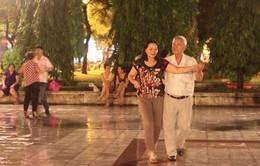 Lợi ích của hoạt động khiêu vũ với người cao tuổi